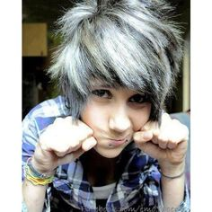 Emo Boys <3 ❤ liked on Polyvore featuring people, boys, hair and pictures