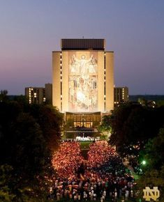 God, Country, Notre Dame. (Photo credit: Matt Cashore, University of Notre Dame.)