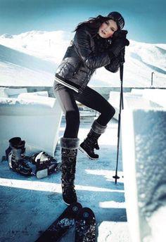 Perfetta per la neve Winter Wear, Autumn Winter Fashion, Winter Snow, Mode Au Ski, Apres Ski Party, Casual Chic, Ski Bunnies, Pantalon Ski, Alpine Style