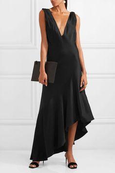 40 elegantes vestidos de fiesta negros, ¡tu look de invitada será un éxito seguro! Jenny Packham, Tom Ford, Stella Mccartney, Elegante Y Chic, Alexander Mcqueen, Versace, Haider Ackermann, Satin Slip, Top Designer Brands