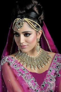 This Is You Feature Life Style: Indain Bridal Makeup 2013 l Makeup For Indian Bridal Collection 2013 Indian Bridal Makeup, Indian Bridal Wear, Asian Bridal, Bridal Makeup Looks, Wedding Hair And Makeup, Bride Makeup, Best Wedding Hairstyles, Indian Beauty, Beauty Women