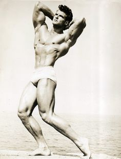 Movie strong man Steve Reeves was born in Glasgow, MT. He was in several movies, such as Hercules, Hercules Unchained, Goliath and the Barbarians, and The Last Days of Pompeii.