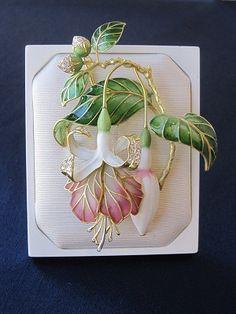 IMG_2436.jpg gorgeous piece of jewelry