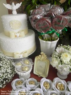 Tutti Bello di Rafaela Campanati Maria Valentina, Religious Cakes, Confirmation Cakes, First Communion Cakes, Shark Party, Holidays And Events, Christening, Special Occasion, Baby Shower