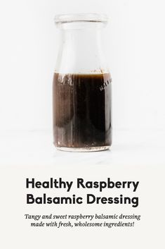 Fresh, flavorful healthy raspberry balsamic dressing with a hint of sweetness. This light dressing is slightly tangy for a delicious addition to any dish! Vinegar Salad Dressing, Balsamic Dressing, Salad Dressing Recipes, Salad Dressings, Salad Recipes, Vinaigrette Sans Gluten, Healthy Salads, Healthy Recipes, Healthy Food