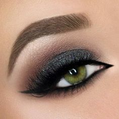 Smokey charcoal grey and brown crease