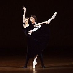 "<<Svetlana Zakharova as Marguerite Gautier and Vladislav Lantratov as Armand Duval in ""The Lady of the Camellias"">>"