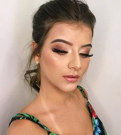 The new year has begun. Do you want to try other makeup in the new year? We are honored to recommend to you these latest glamour makeup of Makeup Goals, Makeup Inspo, Makeup Inspiration, Makeup Ideas, Beauty Make-up, Beauty Hacks, Bridal Makeup, Wedding Makeup, Party Makeup Looks