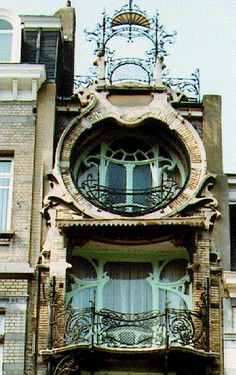 ART NOUVEAU Art Nouveau (French pronunciation: [aʁ nuvo], Anglicised to /ˈɑrt nuːˈvoʊ/) is an international philosophy[2] and style of art, architecture and applied art—especially the decorative ar…