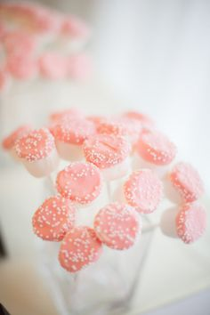 pink marshmallow pops | Sam Stroud #wedding