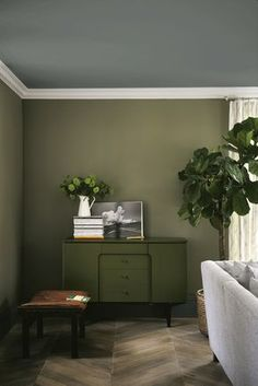 Find harmony and balance with a collection of green interior inspiration, from forest green walls to mint accessories Olive Living Rooms, Living Room Green, Green Rooms, Living Room Colors, Living Room Paint, Living Room Decor, Farrow And Ball Living Room, Living Room Inspiration, Interior Inspiration