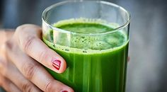 Green Juice Recipe – w/ Kale, Cucumber, Celery, & Apples – This Green Juice Rec… – Gertrude Pauls - Detox Foods Green Juice Recipes, Healthy Juice Recipes, Juicer Recipes, Healthy Juices, Healthy Drinks, Healthy Eating, Green Juice Benefits, Clean Eating Soup, Gastro
