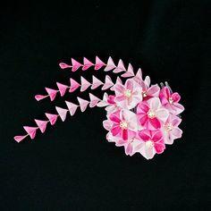pink cherry blossom (sakura) tsumami kanzashi with shidare