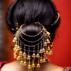 Indian Bridal Wedding Hairstyles for Short to Long Hair 2020 Indian Bridal Hairstyles, Bride Hairstyles, Pretty Hairstyles, South Indian Bride Hairstyle, Simple Hairstyles, Hair Accessories For Women, Wedding Hair Accessories, Bridal Hair Buns, Diy Schmuck