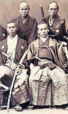 "the-history-of-fighting: "" Samurai Warrior Groups """
