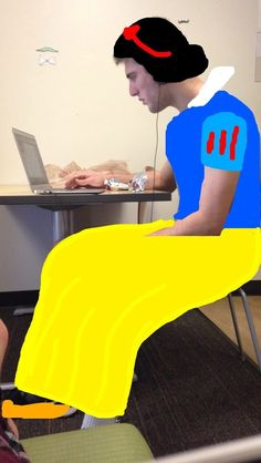 Snow White from Snow White and the Seven Dwarfs | Community Post: Student Turns Roommate Into A Variety Of Disney Characters On Snapchat