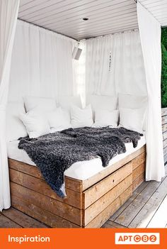 The sheepskins outdoors are a great way to add coziness and warmth to the outdoor space--and I love the grey! #APTCB2 #workswithCB2