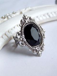 Antique black stone ring - gothic  - victorian - dark - elegant  jewelry by SweetAsylumShop on Etsy