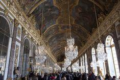 De spiegelzaal in het paleis van Versailles Versailles, Barcelona Cathedral, Vans, Building, Ile De France, Van, Buildings, Construction