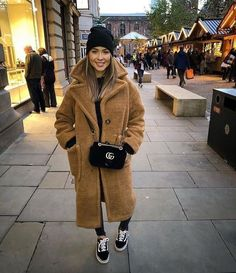 winter outfits coat Cute Coat Outfits for Ever - winteroutfits Winter Dress Outfits, Winter Outfits Women, Winter Fashion Outfits, Look Fashion, Autumn Winter Fashion, Dress Winter, Dress Fashion, Trendy Fashion, Fashion Women