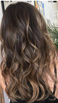 37 Sweet Caramel for 2019 Balayage is an alternative technique to traditional salon highlighting with foils. Your colorist can literally paint highlights precisely where the sun would actually hit your hair. Caramel balayage on black hair can. Caramel Balayage Highlights, Brown Hair Balayage, Hair Color Balayage, Caramel Balayage Brunette, Balayage Highlights Brunette, Brown Hair With Caramel Highlights, Balayage Hair Brunette Caramel, Highlights For Brunettes, Caramel Hair With Brown
