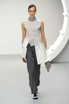London Fashion Week Spring 2013 Runway Looks - Best Spring 2013 Runway Fashion - Harper's BAZAAR