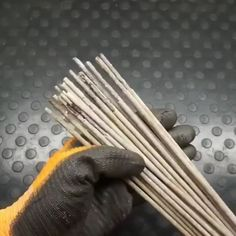 Watching wielders work is fascinating😍 - Cool Welding Project Ideas for Home Metal Bending Tools, Metal Working Tools, Metal Tools, Diy Welding, Welding Tools, Metal Welding, Woodworking Projects, Metal Projects, Welding Projects
