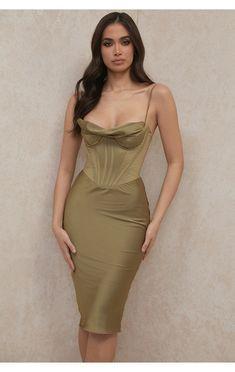 Top Soirée, Club Dresses, Prom Dresses, Midi Dresses, Dress Up, Bodycon Dress, Slip Dress Outfit, Draped Dress, Look Vintage