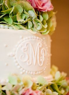 SUCH. a beautiful cake, if not for a wedding then for a bridal shower!