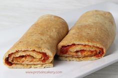 Prot: 23 g, Carbs: 8 g, Fat: 8 g, Cal: 196 Pizza! These Protein Pizza Wraps have great macros, and are perfect for meals on the go! I don't often make pizza at home (I live in New York City, after all), but