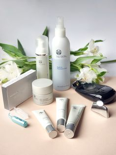 Anti-Aging Skin Care Tips to Keep Your Skin Younger Galvanic Spa, Best Skincare Products, Nu Skin Products, Still Life Photos, Beauty Hacks Video, Belleza Natural, Anti Aging Skin Care, Beauty Routines, Good Skin