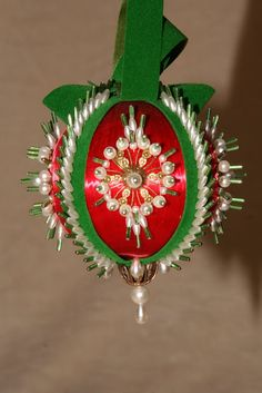 Pretty Christmas Ornaments for decorating christmas tree | Beads ...