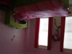 Jennas bedroom pink and lime green.
