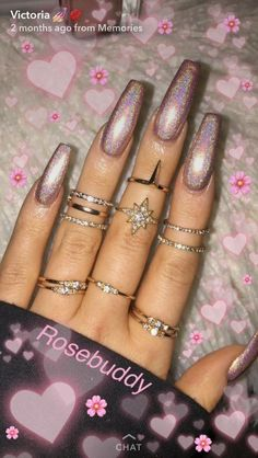 40 Beautiful Long Acrylic Chrome Nails By adding the chrome powder, you can easily turn your acrylic into mirrored chrome nails. Here are some beautiful long chrome nails ideas for you. Pick one and make it now! Nail Art Designs, Acrylic Nail Designs, Acrylic Nails, Acrylics, Coffin Nails, Holographic Nails Acrylic, Perfect Nails, Gorgeous Nails, Hot Nails