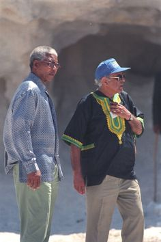 Madiba and Kathy Kathrada revisit Robben Island quarry. African National Congress, Nelson Mandela, The Past, Tours, Island, History, Lime, Pictures, Dreams