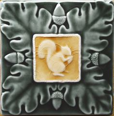 Squirrel with oak leaves and acorns tile