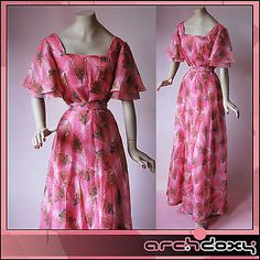Vintage 1970s Superb Pink Feather Print Angel Sleeves Flared Square Neck Dress - http://www.ebay.co.uk/itm/like/282048531624?clk_rvr_id=1035785514591&item=282048531624&lgeo=1&vectorid=229508&rmvSB=true