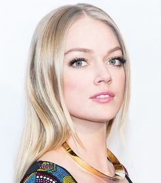 Lindsay Ellingson's fluttery lashes can do no wrong