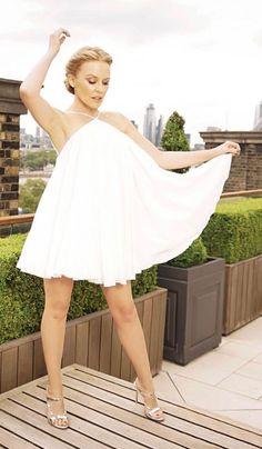 Kyle Minogue, Melbourne, Beautiful Outfits, Beautiful Women, Victoria, Nicole Kidman, Female Singers, Famous Women, Celebs