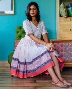 Pink and White Floral Hand Block Printed Fit & Flare Dress - Mogra Designs Boho Style Dresses, Dress Indian Style, Frock Design, Kurta Designs Women, Blouse Designs, Frock Fashion, Fashion Outfits, Cotton Dress Indian, Casual Frocks