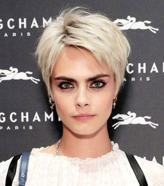 25 Easy Summer Hairstyles to Wear Now Cara Delevingne's Tousled Pixie Easy Summer Hairstyles, Bob Hairstyles For Fine Hair, Short Pixie Haircuts, Celebrity Hairstyles, Messy Pixie Haircut, Edgy Pixie Hairstyles, Messy Pixie Cuts, Blonde Pixie Haircut, Women Short Hair