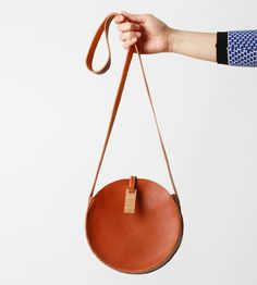Women's Accessories - Round Leather Bag by Love Dart on Scoutmob Shoppe - Women's Accessories My Bags, Purses And Bags, Leather Accessories, Fashion Accessories, Crea Cuir, Round Bag, Leather Craft, Leather Bags, Brown Leather