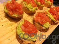 16400dace27 Μπρουσκέτες με αβοκάντο και ντομάτα, το πιο υγιεινό σνακ που μπορείς να  ετοιμάσεις!