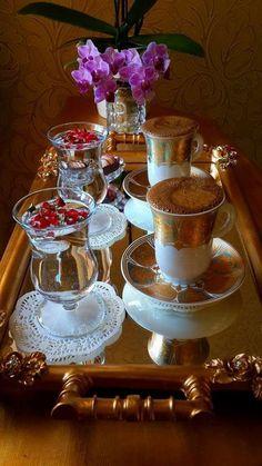 My cup runneth over I Love Coffee, Coffee Set, Coffee Cafe, Coffee Break, Coffee Drinks, Chocolate Caliente, Good Morning Coffee, Breakfast Tea, Coffee Pictures