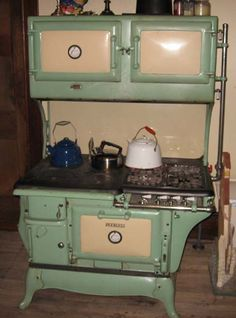 antique+stoves.+wood+and+gas   Peerless Kalamazoo Gas/Wood Dual Fuel Antique Cook Stove: grn