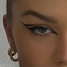 Edgy Makeup, Makeup Eye Looks, Eyeliner Looks, Eye Makeup Art, No Eyeliner Makeup, Cute Makeup, Pretty Makeup, Skin Makeup, Makeup Inspo