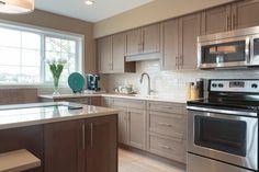 We love the bright kitchen windows! Kitchen Windows, Bright Kitchens, Oak Park, Beautiful Kitchens, New Homes, House Ideas, Kitchen Cabinets, Home Decor, Restaining Kitchen Cabinets