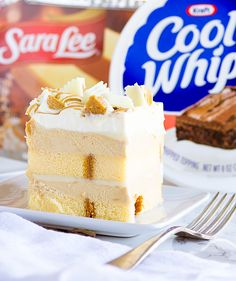 White Chocolate Peanut Butter Cup Dessert made with Pound Cake and Cool Whip from @mmmirnanda.