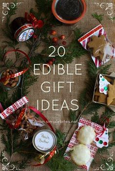 Hiday Food/Gifts: My 20 favorite edible gifts (Recipe: Maple Spice Candied Nuts) Noel Christmas, Christmas Goodies, Homemade Christmas, Winter Christmas, All Things Christmas, Xmas, Edible Christmas Gifts, Christmas Ideas, Jar Gifts