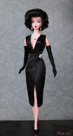 https://flic.kr/p/CPHMqC | Silkstone Barbie Doll Gal on the Go .dress Kyori Fame Fable